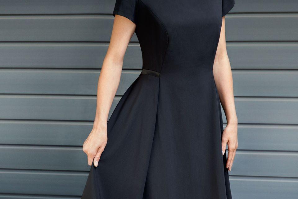 Kleines Schwarzes nähen: Schwarzes Kleid von Guido