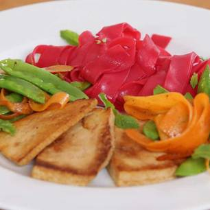 vegetarisch essen allesk nner tofu gesund und vielseitig. Black Bedroom Furniture Sets. Home Design Ideas