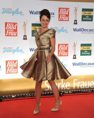 Stars in Gold-Kleidern: Sabrina Staubitz