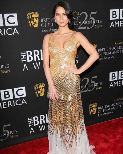 Stars in Gold-Kleidern: Olivia Munn