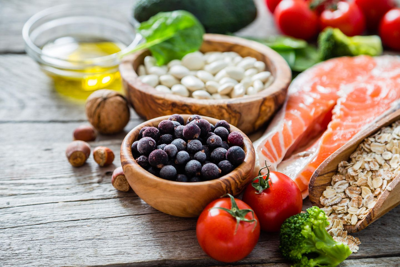 Eine ausgewogene Ernährung zu befolgen