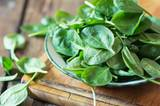 2. Spinat ist gesund. Stark macht er nicht.