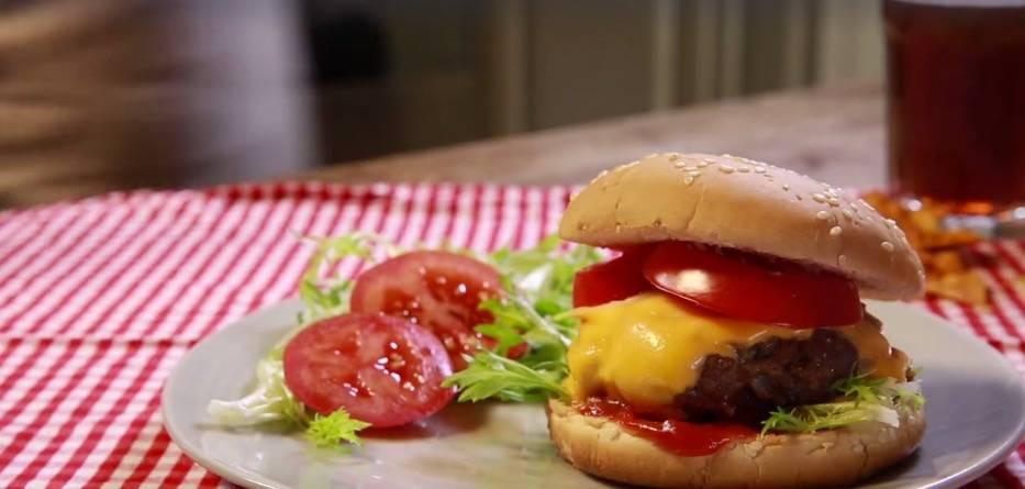 Einfach lecker: Amerikanischer Burger