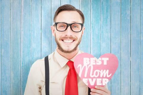 Muttersöhnchen: Wenn Mann nicht ohne Mama kann