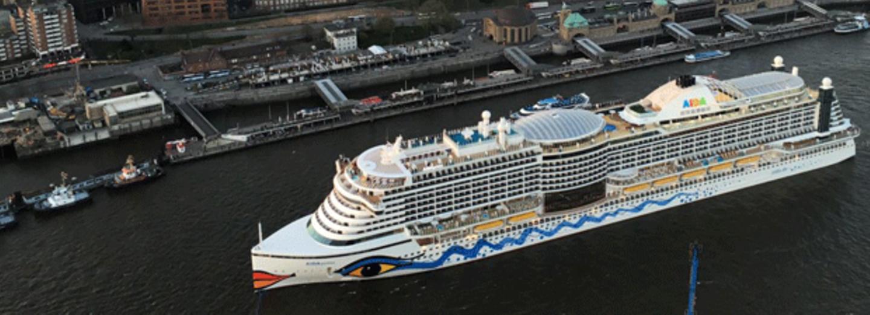 Die Aida Prima sticht wöchentlich ab Hamburg in See.