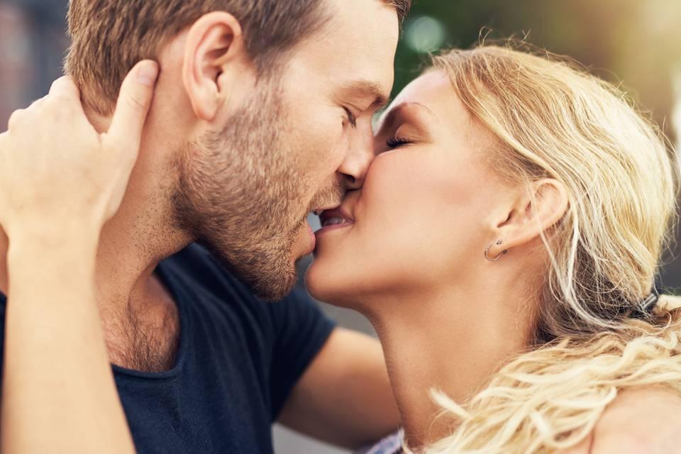 Was sein Kuss-Stil über ihn aussagt