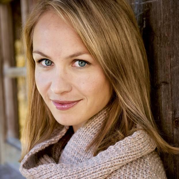Magdalena Neuner trägt den Schal fürs Leben