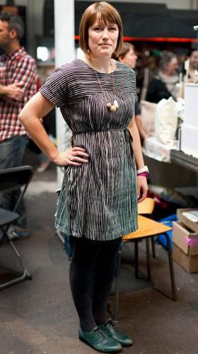 Streetstyle: Trixi aus Hamburg arbeitet für eine Online-Agentur und sieht ihre DIY-Projekte unter dem Namen Frau Sieben als perfekten Ausgleich zu ihrem Job.
