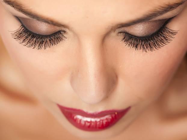 Alle Tipps zur Wimpernverlängerung