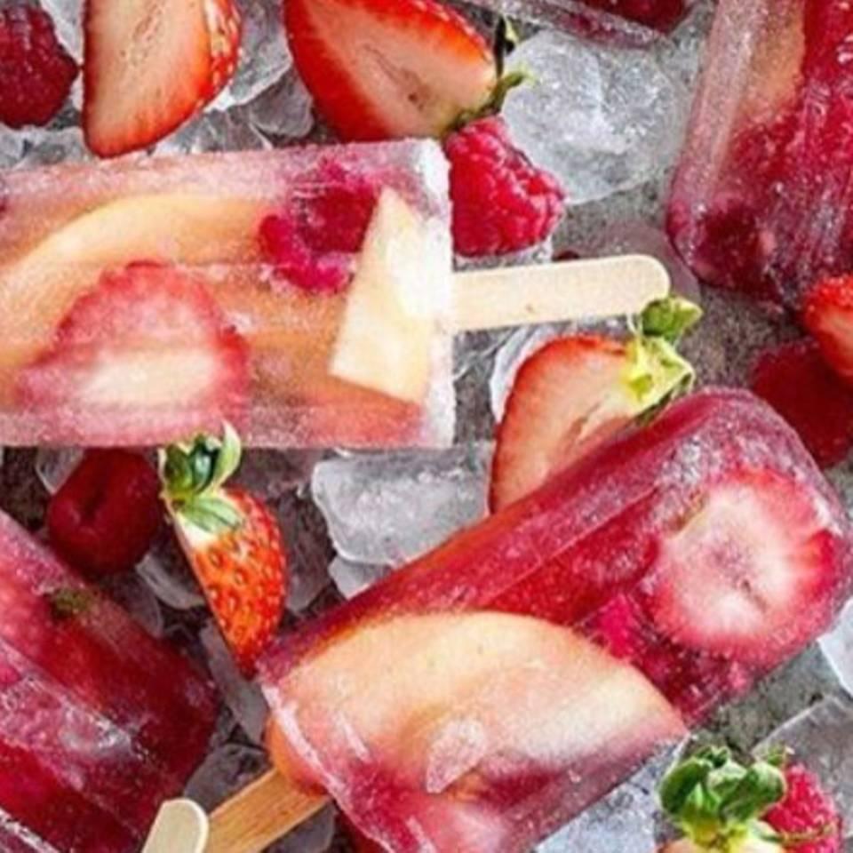 Champagner-Popsicles sind der glamouröseste Trend des Sommers