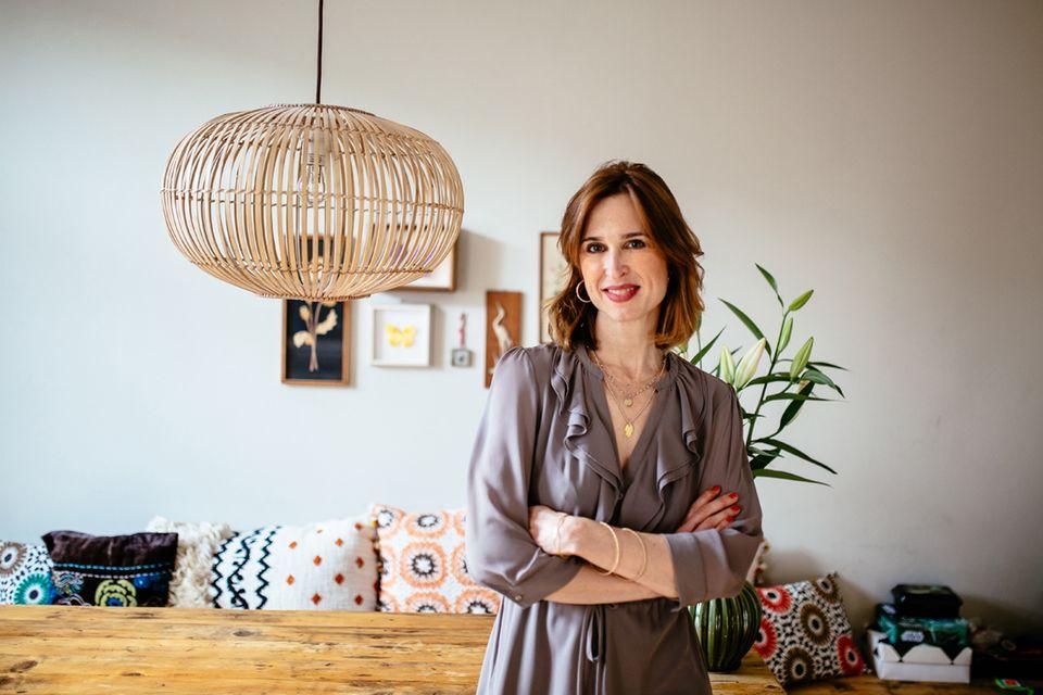 """Tanya Neufeldt ist Schauspielerin und bloggt seit 2012 unter dem Namen Lucie Marshall über ihr Leben als Mutter. Sie hat bereits ein Buch veröffentlicht (""""Auf Highheels in den Kreißsaal""""), außerdem hat sie eine sehr lustige Webserie produziert, in der sie auch die Hauptrolle spielt."""
