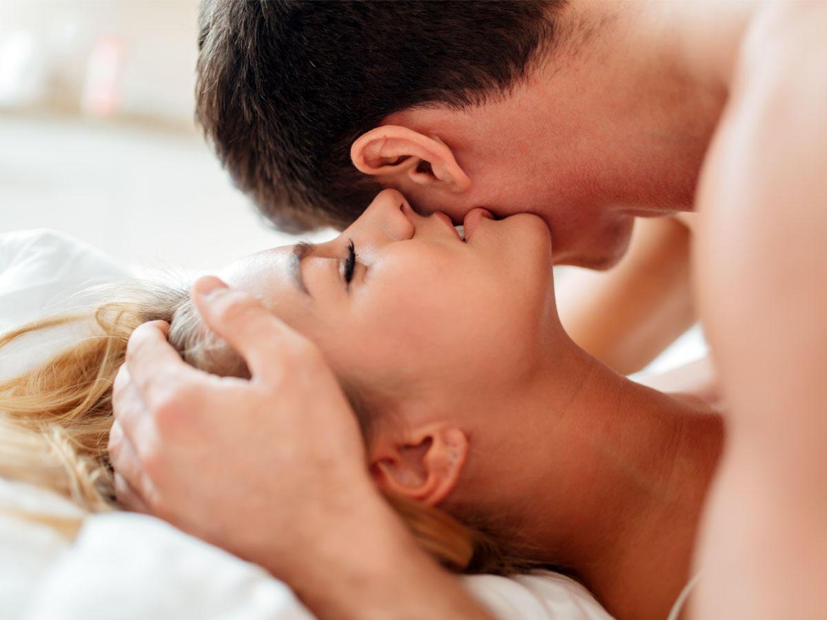 4 Sexstellungen, die schnell verliebt machen