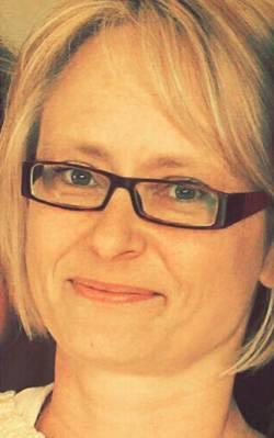 Leserinnen erzählen: Silke Heilscher (44) ist verheiratet und hat ein Kind. Sie arbeitet Teilzeit in einer Sparkasse und schreibt nebenher gern ihre Alltagserlebnisse auf, um andere zum Schmunzeln oder zum Nachdenken zu bringen.