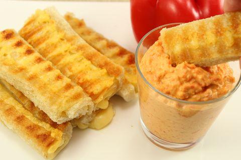 Cheese Roll-Ups & Paprika-Dip