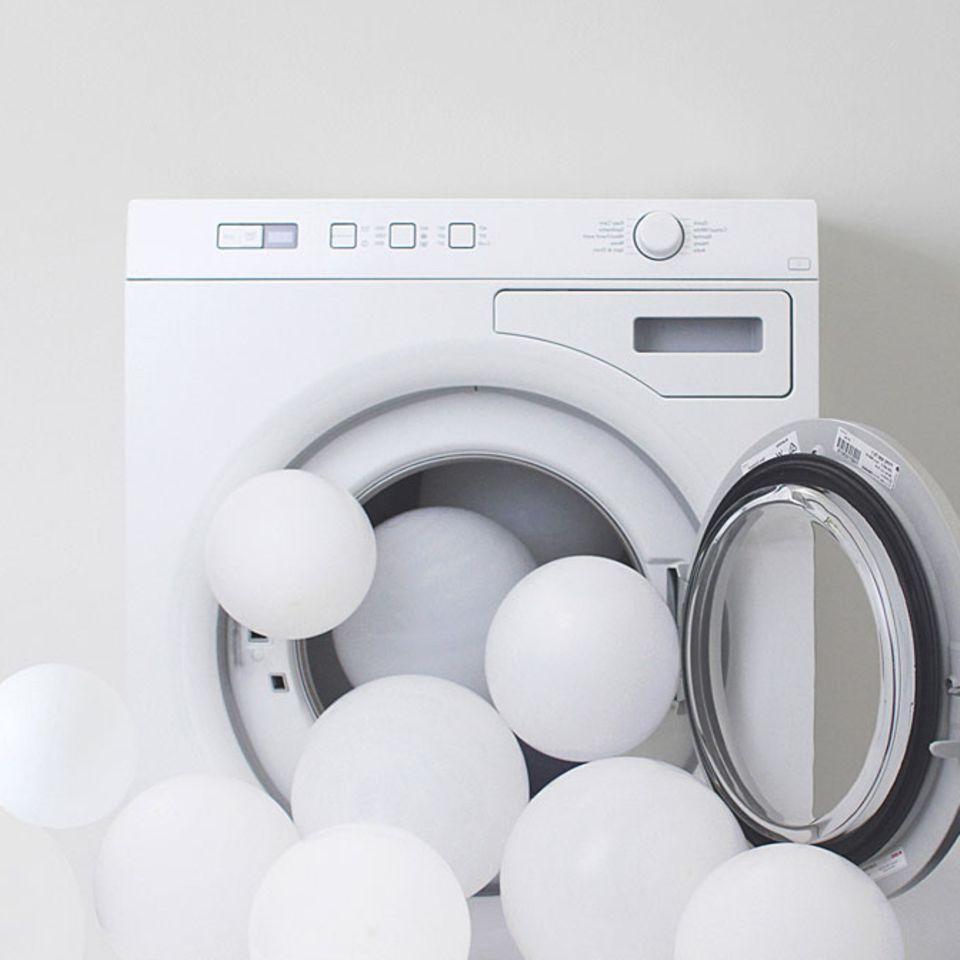 Sollte man neue Kleidung vor dem Tragen waschen?