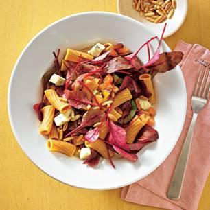 Zum Rezept: Pasta-Salat mit grünen Tomaten