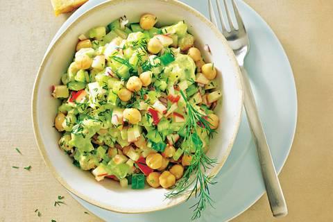 Zum Rezept: Avocado-Kichererbsen-Salat