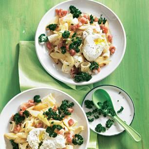 pasta-mit-gebratenem-spargel-und-verlorenem-ei-500.jpg