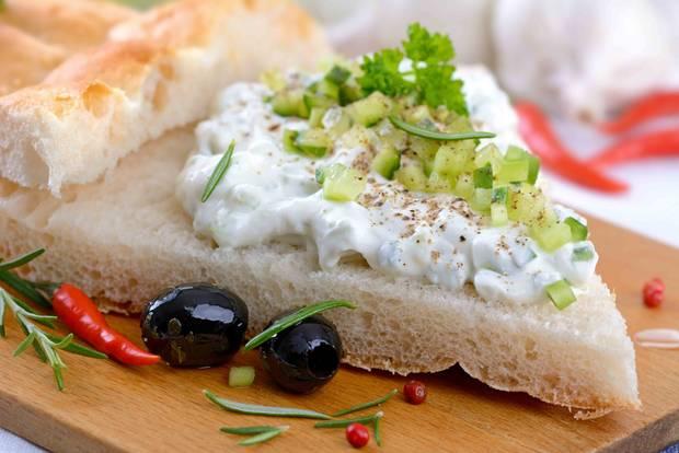 Fladen-Gurken-Brot zum Picknick