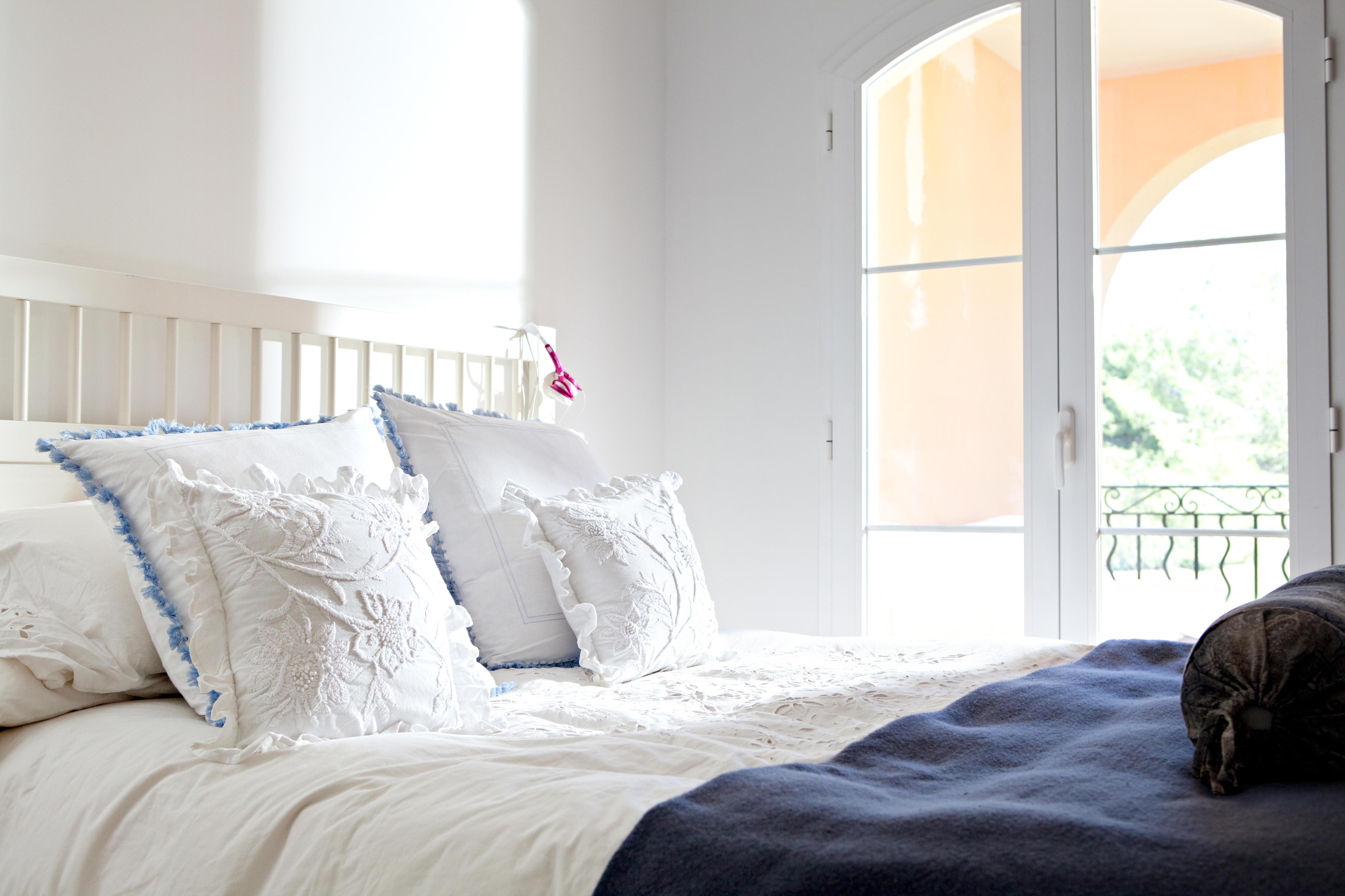 die 6 h ufigsten einrichtungsfehler im schlafzimmer. Black Bedroom Furniture Sets. Home Design Ideas