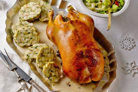 Gebratene Ente als Festessen zu Weihnachten