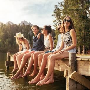 Freunde am See