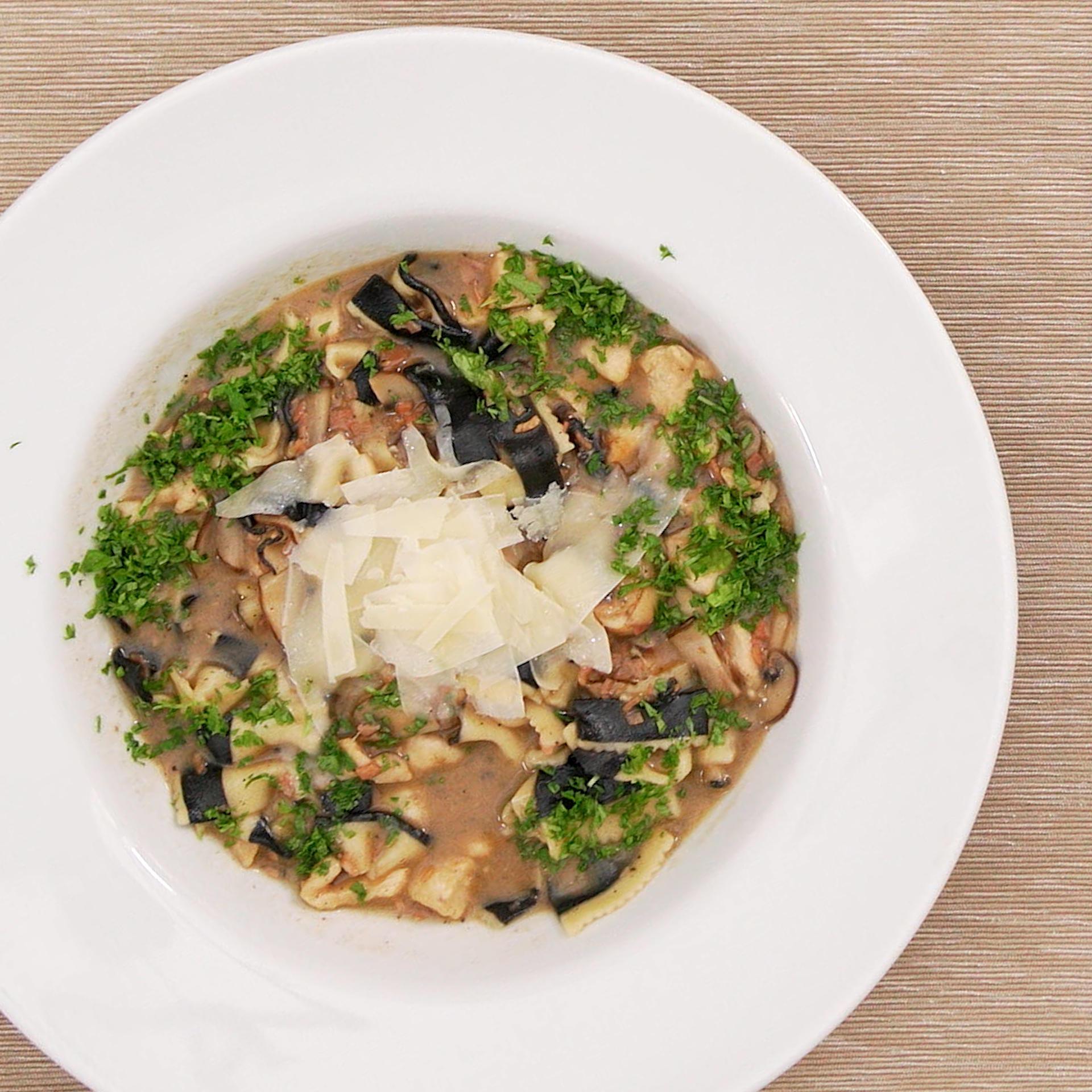 One pot creamy chicken marsala pasta for Hook fish chicken cincinnati oh