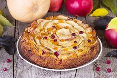 Kürbis-Apfel-Kuchen für den Herbst
