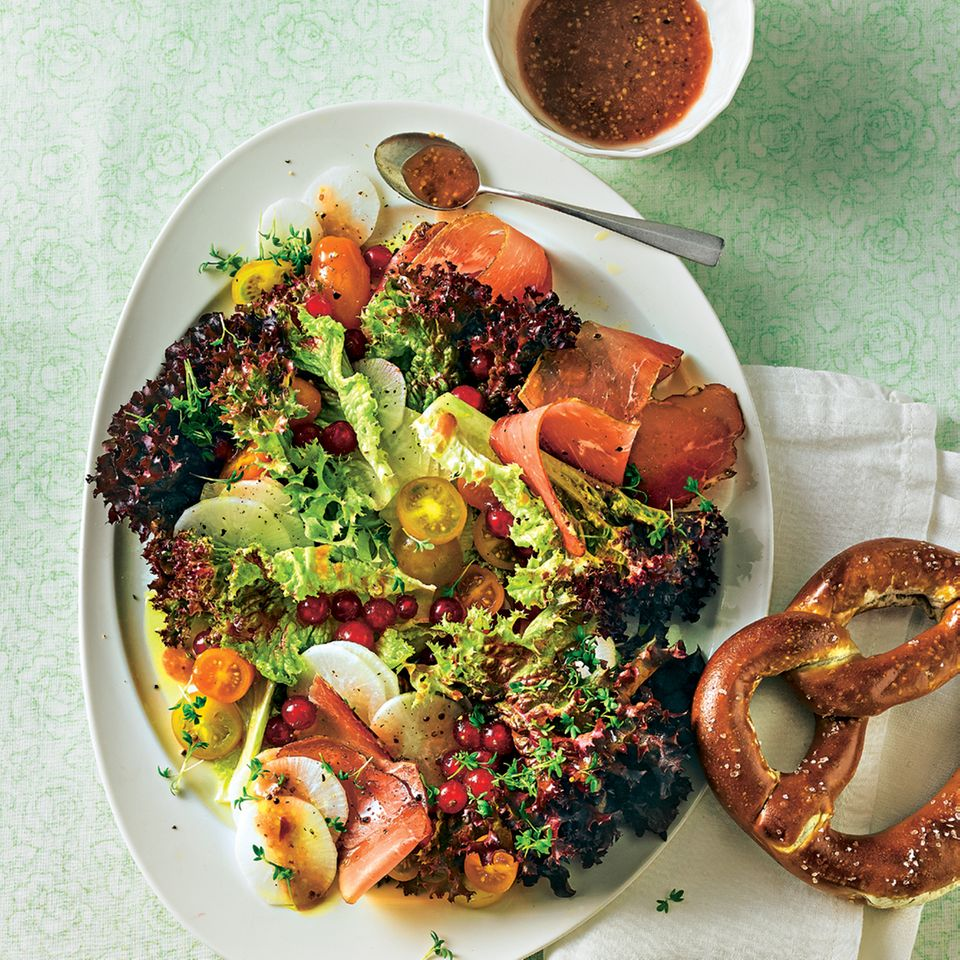 Rettich-Schinken-Salat mit Johannisbeere