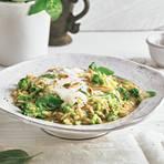 Risotto mit Stracciatella-Käse und Basilikum