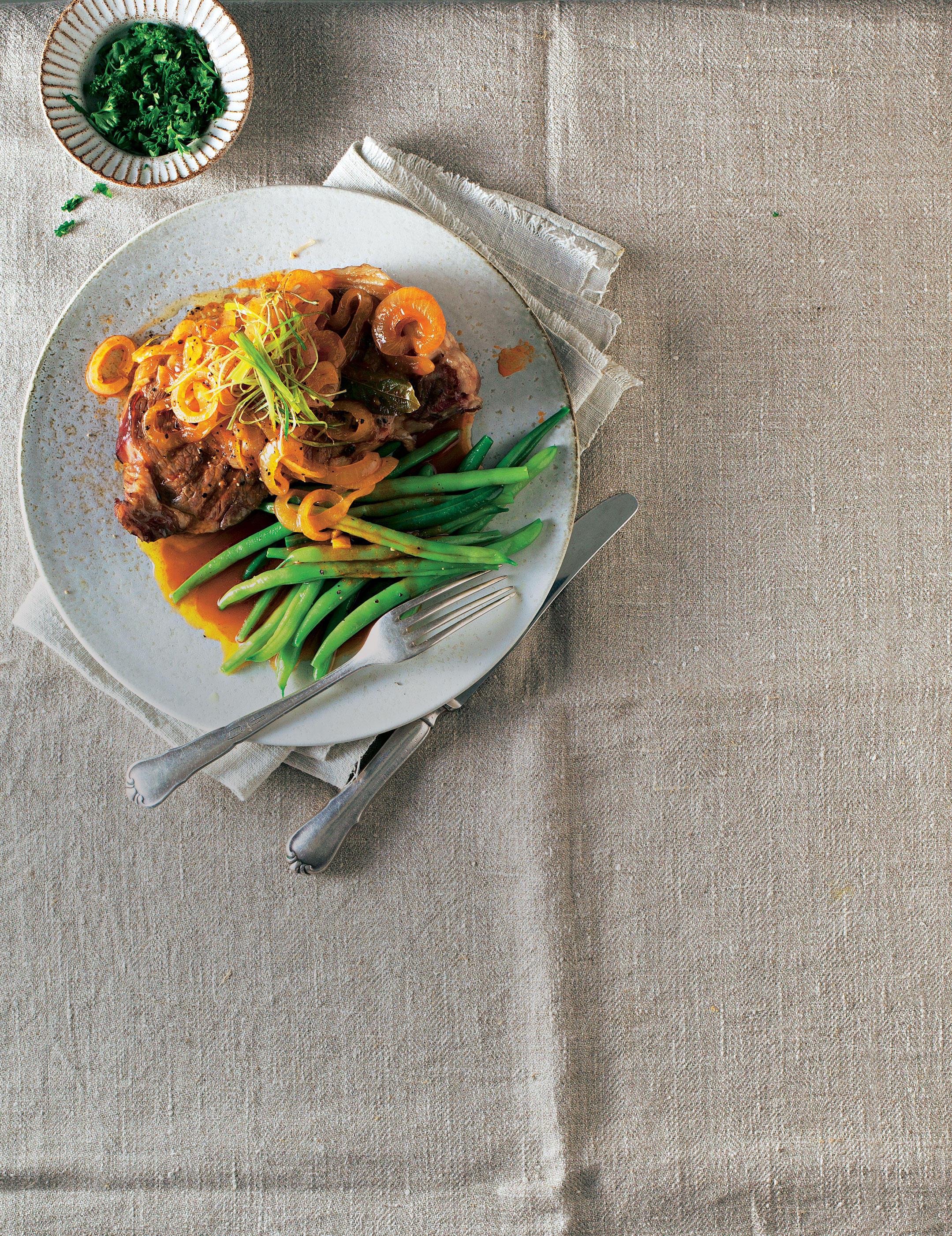 Braten: Die besten Rezepte für Schwein, Rind, Lamm, Ente und Pute