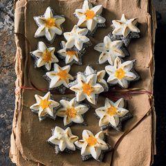 Mohn-Baiser-Sterne mit Orange