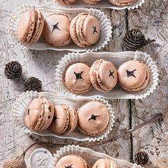 Nougat-Haselnuss-Macarons