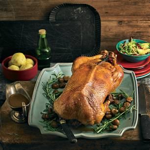 Ob am Martinstag oder zu Weihnachten: Der Prachtbraten versetzt Familie und Gäste in Verzückung.