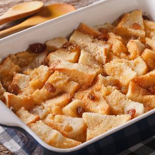 Bread-and-Butter-Pudding: Englisches Dessert
