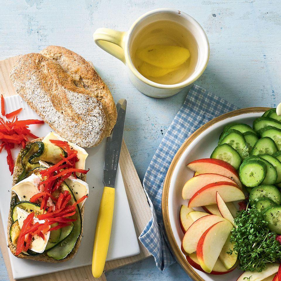 Käse-Sandwich mit Zucchini
