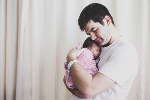 Diese 14 Bilder zeigen die tiefe Liebe von Vätern zu ihren Kindern