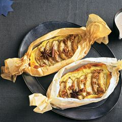Apfel-Wallnuss-Clafoutis mit Zimtsoße