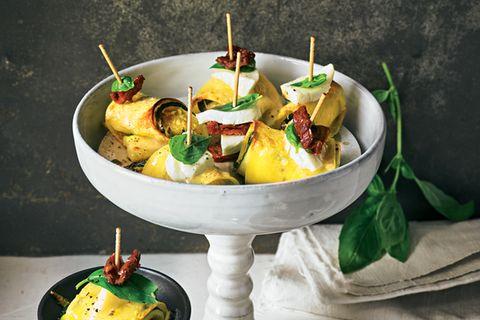 Pasta-Zucchini-Röllchen
