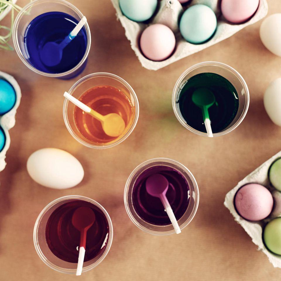 Eier färben: Tolle Tipps und Ideen