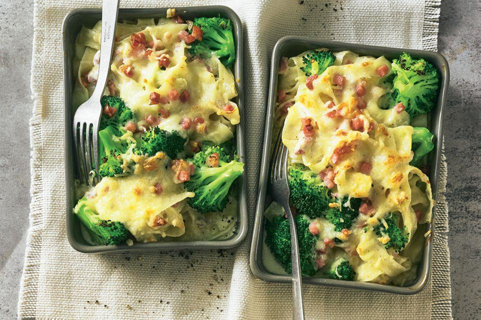 Brokkoli-Pasta-Auflauf mit Schinken