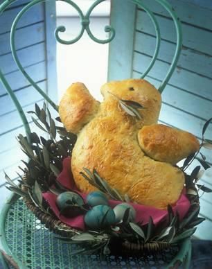 Friedenstaube aus Hefeteig für euer Ostermenü