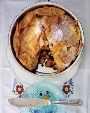 Apfel-Pita als Dessert zum Ostermenü