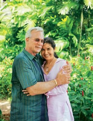 """Karina und John: Die beiden betreiben gemeinsam das """"Kamalaya"""""""