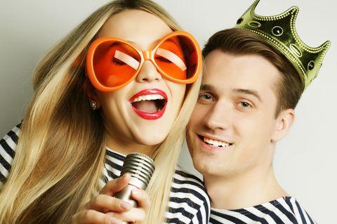 Die schönsten Karnevalslieder zum Mitsingen