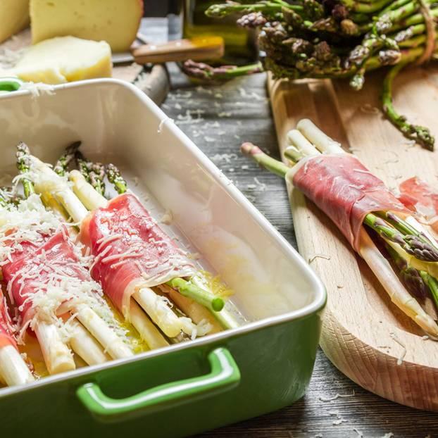 Spargel Im Ofen Zubereiten So Unkompliziert Brigittede