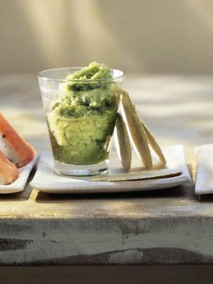 Spargel-Vorspeisen: Guacamole von grünem Spargel