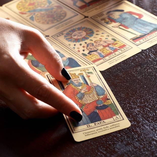 Kartenlegen Tarot Kostenlos