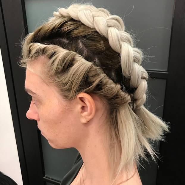 Matt Fugate Frisiert Jeden Tag Die Haare Seiner Frau Aus Einem