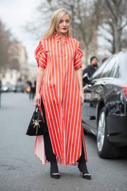 Die schönsten Streetstyles, die Lust auf Frühling machen: Blusen-Kleid